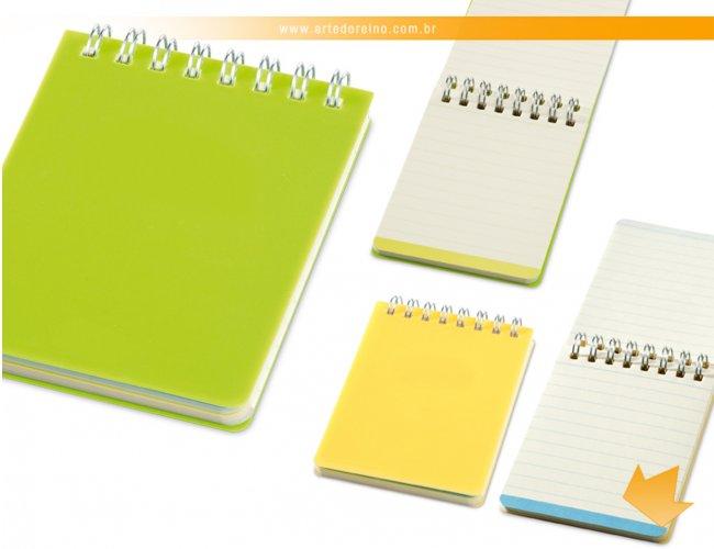 http://www.artedoreino.com.br/content/interfaces/cms/userfiles/produtos/brinde-caderno-pequeno-personalizado-arte-do-reino-brindes-33402-379.jpg