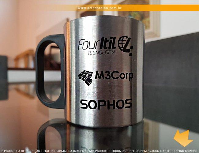 http://www.artedoreino.com.br/content/interfaces/cms/userfiles/produtos/brinde-caneca-inox-personalizada-200-ml-arte-do-reino-brindes-7392-adic-207.jpg