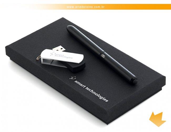 http://www.artedoreino.com.br/content/interfaces/cms/userfiles/produtos/brinde-conjunto-caneta-e-pen-drive-personalizado-arte-do-reino-brindes-57334-03-916.jpg