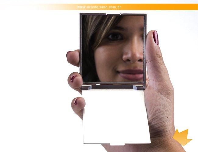 http://www.artedoreino.com.br/content/interfaces/cms/userfiles/produtos/brinde-feminino-espelho-de-bolsa-personalizado-arte-do-reino-brindes-250-adic-510.jpg