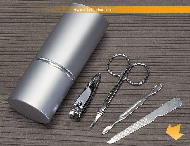 http://www.artedoreino.com.br/content/interfaces/cms/userfiles/produtos/brinde-feminino-kit-manicure-arte-do-reino-brindes-4657-302.jpg