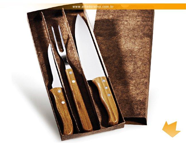 https://www.artedoreino.com.br/content/interfaces/cms/userfiles/produtos/brinde-kit-churrasco-garfo-e-faca-personalizado-arte-do-reino-brindes-kf-00803s-669.jpg