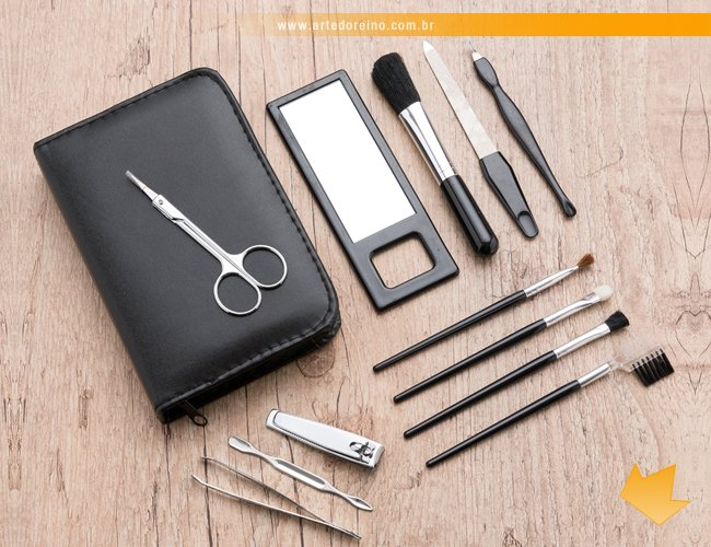 http://www.artedoreino.com.br/content/interfaces/cms/userfiles/produtos/brinde-kit-manicure-e-pinceis-para-maquiagem-personalizado-arte-do-reino-brindes-13504-162.jpg