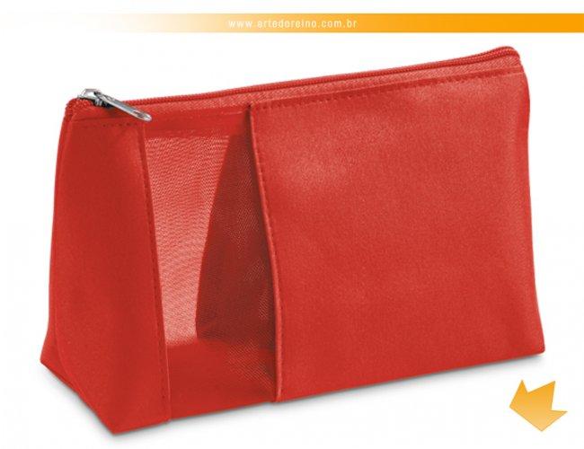 http://www.artedoreino.com.br/content/interfaces/cms/userfiles/produtos/brinde-necessaire-personalizada-vermelha-arte-do-reino-brindes-92717-05ar-175.jpg