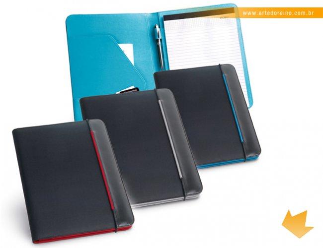 http://www.artedoreino.com.br/content/interfaces/cms/userfiles/produtos/brinde-pasta-de-convencoes-personalizada-arte-do-reino-brindes-92040-642.jpg