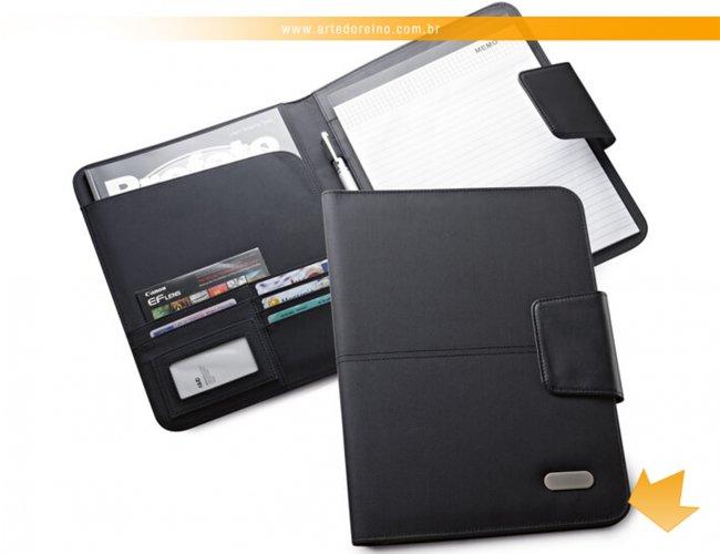http://www.artedoreino.com.br/content/interfaces/cms/userfiles/produtos/brinde-pasta-de-convencoes-personalizada-arte-do-reino-brindes-92045-731.jpg