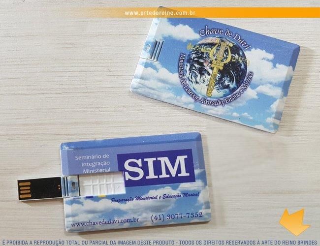 http://www.artedoreino.com.br/content/interfaces/cms/userfiles/produtos/brinde-pen-drive-card-personalizado-arte-do-reino-brindes-12098-1-294.jpg