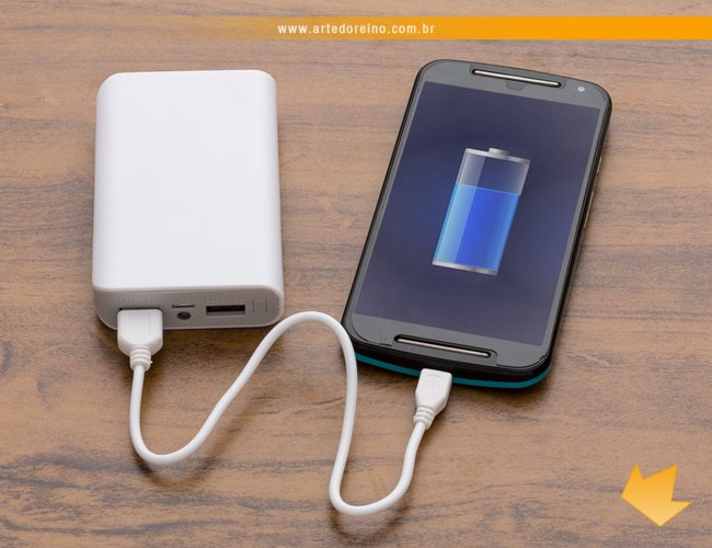 https://www.artedoreino.com.br/content/interfaces/cms/userfiles/produtos/brinde-power-bank-personalizado-carregador-portatil-arte-do-reino-brindes-12791-2-570.jpg