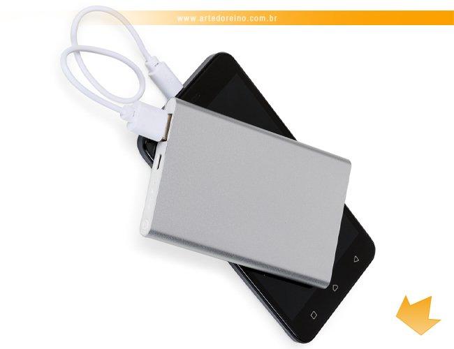http://www.artedoreino.com.br/content/interfaces/cms/userfiles/produtos/brinde-power-bank-personalizado-carregador-portatil-arte-do-reino-brindes-2012-860.jpg