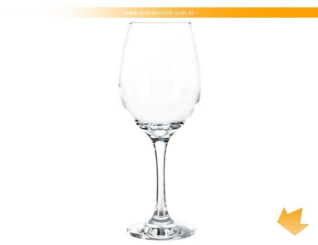 http://www.artedoreino.com.br/content/interfaces/cms/userfiles/produtos/brinde-taca-para-vinho-personalizada-barone-nadir-arte-do-reino-brindes-7156-132.jpg