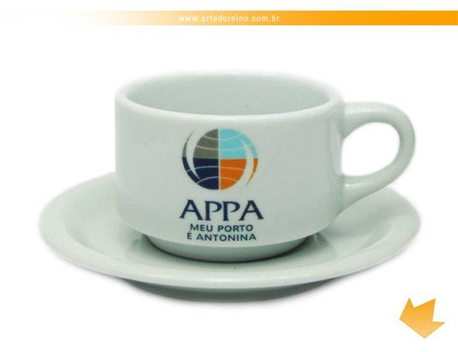 http://www.artedoreino.com.br/content/interfaces/cms/userfiles/produtos/brinde-xicara-personalizada-porcelana-cha-arizona-200-ml-arte-do-reino-brindes-655-619.jpg