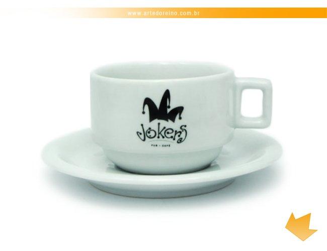 http://www.artedoreino.com.br/content/interfaces/cms/userfiles/produtos/brinde-xicara-personalizada-porcelana-cha-capuccino-atenas-200-ml-arte-do-reino-brindes-495.jpg