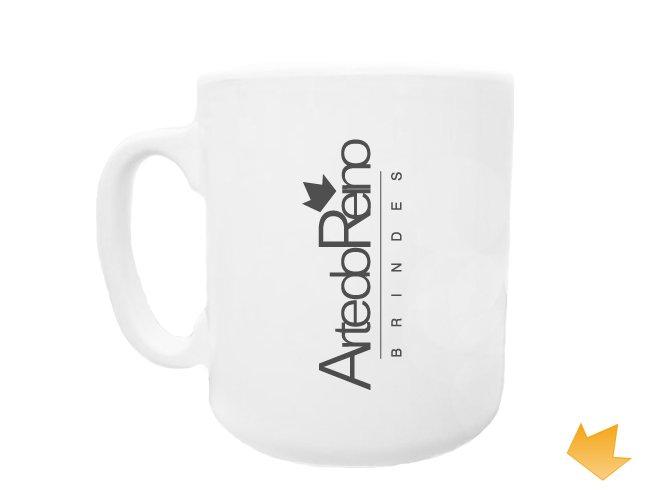 http://www.artedoreino.com.br/content/interfaces/cms/userfiles/produtos/caneca_caf_plstica24.jpg